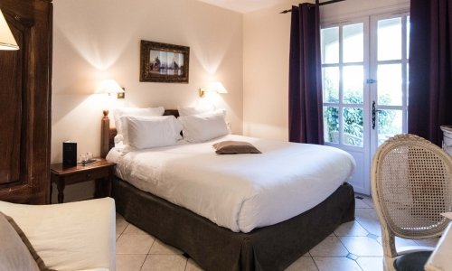 Classic Rooms of the Hôtel de Mougins 4-stars hotel - Mougins - French Riviera